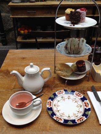 Tea at the Edinburgh Castle